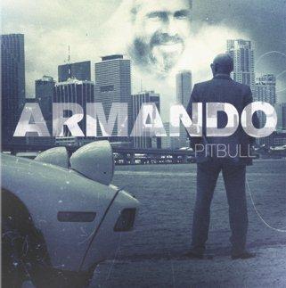 Francisco Rangel Escobar muestra foto de disco de Pitbull