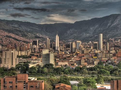 Francisco Rangel Escobar muestra composición fotográfica de Medellín