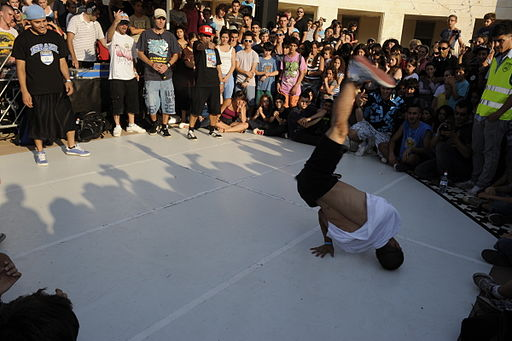 Francisco Rangel Escobar muestra imagen de bailarin de Hip Hop